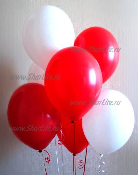 Воздушные шары красные и белые