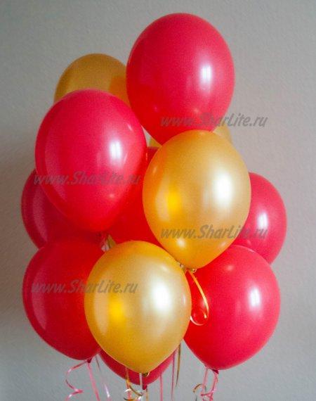 Воздушные шары красные и золотые