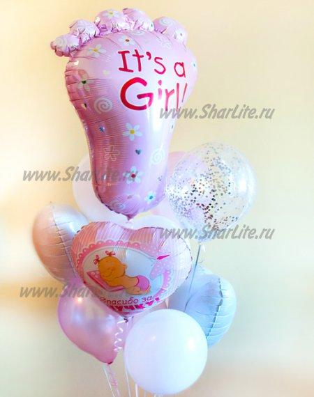 Букет из шаров на выписку девочки с пяточкой